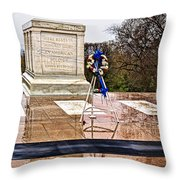 Tomb Of The Unknown Soldiers Throw Pillow