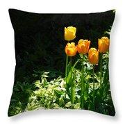 Tulip #1 Throw Pillow