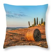 Tuscany Landscape With Farm House At Sunset, Val D'orcia, Italy Throw Pillow