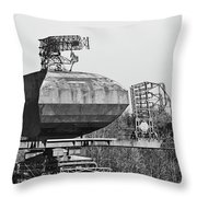 Type 85 Radar At Raf Neatishead Throw Pillow
