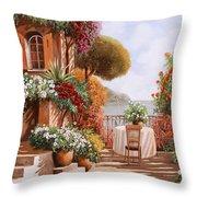 Una Sedia In Attesa Throw Pillow