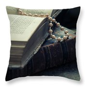 Unfinished Story Throw Pillow