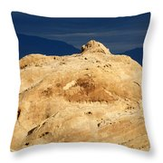 Valley Of Fire Nevada A Place For Discovery Throw Pillow