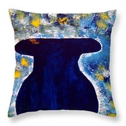 Vas And Flowers Throw Pillow