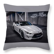 Vilner Bmw M6 E64 Stormtrooper 2014 Throw Pillow