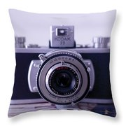 Vintage Camera C10k Throw Pillow