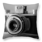 Vintage Camera C10p Throw Pillow