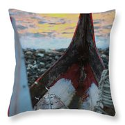 Volangat Throw Pillow