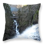 Wah Gwin Gwin Falls 1 Throw Pillow