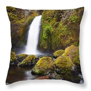 Wahclella Throw Pillow