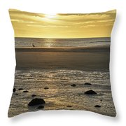 Wakinup Throw Pillow
