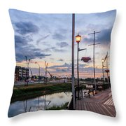 Embankment In Weyburn Throw Pillow