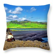 Wide View Throw Pillow