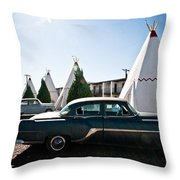 Wigwam Motel Classic Car #5 Throw Pillow
