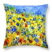 Wild Flowers 677130 Throw Pillow