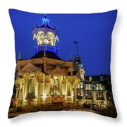 Wisconsin Club Holiday Throw Pillow