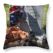 Ww2 Veterans Grave Mountain View Cemetery Casa Grande, Arizona 2004 Throw Pillow
