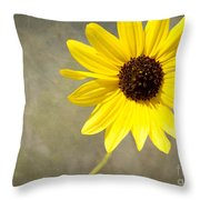 Yellow Daisy By Darrell Hutto Throw Pillow