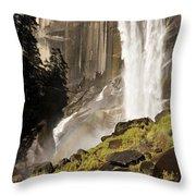 Yosemite Valley, Yosemite National Throw Pillow
