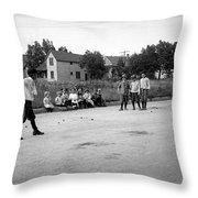 Young Willie Mays Throw Pillow