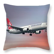 Turkish Airlines Boeing 737-9f2 Throw Pillow