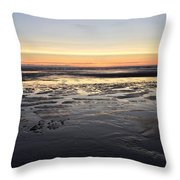 Beach Sunset, Blackpool, Uk 09/2017 Throw Pillow