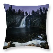 Hepokongas Waterfall Throw Pillow