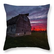 How Country Feels  Throw Pillow