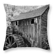 In The Smoky's II Throw Pillow