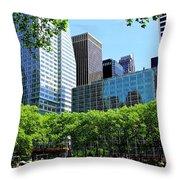 Lunch Break In Manhattan Throw Pillow