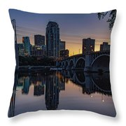 Minneapolis 13 Throw Pillow