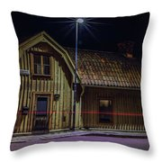 Old House #i0 Throw Pillow by Leif Sohlman