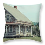 Old Stone Farm House Newbury Vermont Throw Pillow