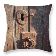 Old Wooden Door And Keyhole Throw Pillow