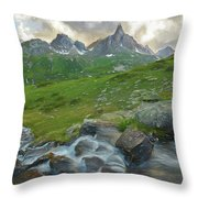 Range In The Claree Valley II Throw Pillow