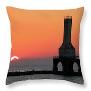 September Sunrise In Port Washington 1 Throw Pillow
