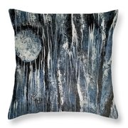 When Night Comes Throw Pillow