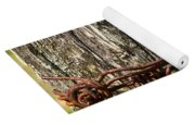 Barbed Wire Rustic Twist Yoga Mat