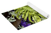 Green Spider Mum Yoga Mat