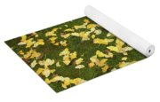 Ginkgo Biloba Leaves Yoga Mat