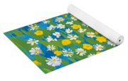 Buttercups And Daisies Yoga Mat