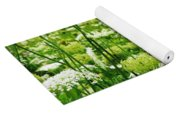Queen Anne's Lace Yoga Mat