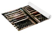 Stacked Traps Yoga Mat
