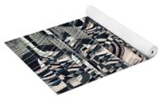 Vertical Graphic Layers Yoga Mat