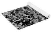 Waxleaf Privet Blooms On A Sunny Day In Black And White - Color Invert Yoga Mat