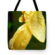 Drop On Yellow Flower Tote Bag