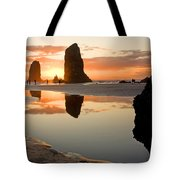 0385 Cannon Beach Reflection Tote Bag