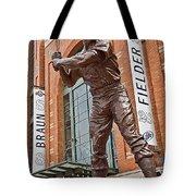 0620 Hank Aaron Statue Tote Bag