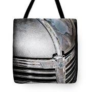 1938 Chevrolet Hood Ornament - Emblem Tote Bag