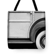 1940 Packard 120 Woody Station Wagon Wheel Emblem Tote Bag